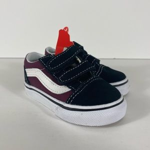 Vans Old Skool V Pop Black OG Burgundy Sneakers